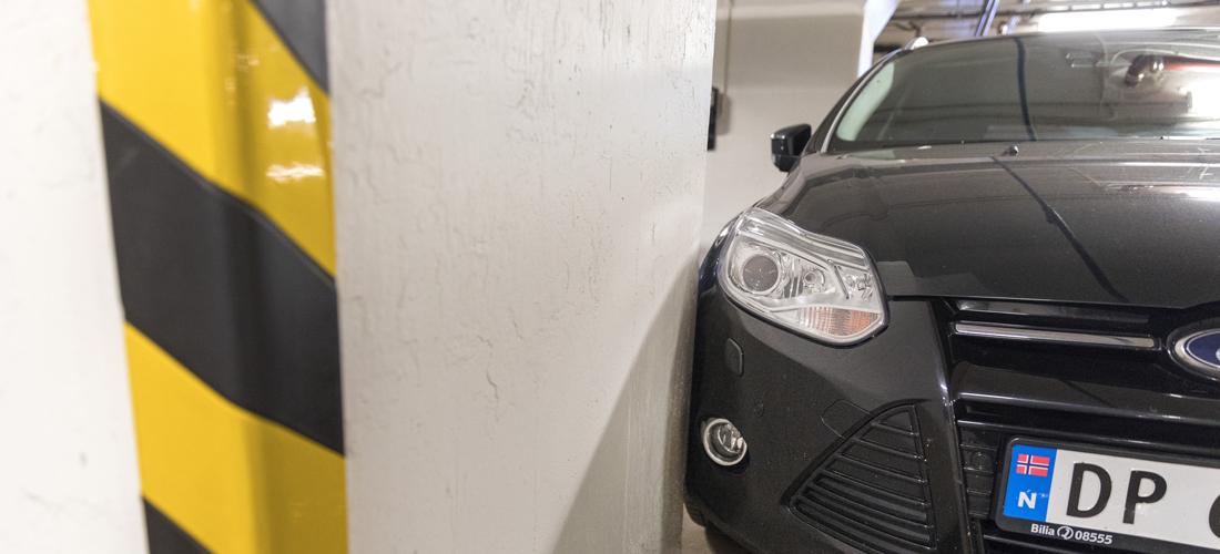 bulke i stolpe i parkeringshus bonusbulken
